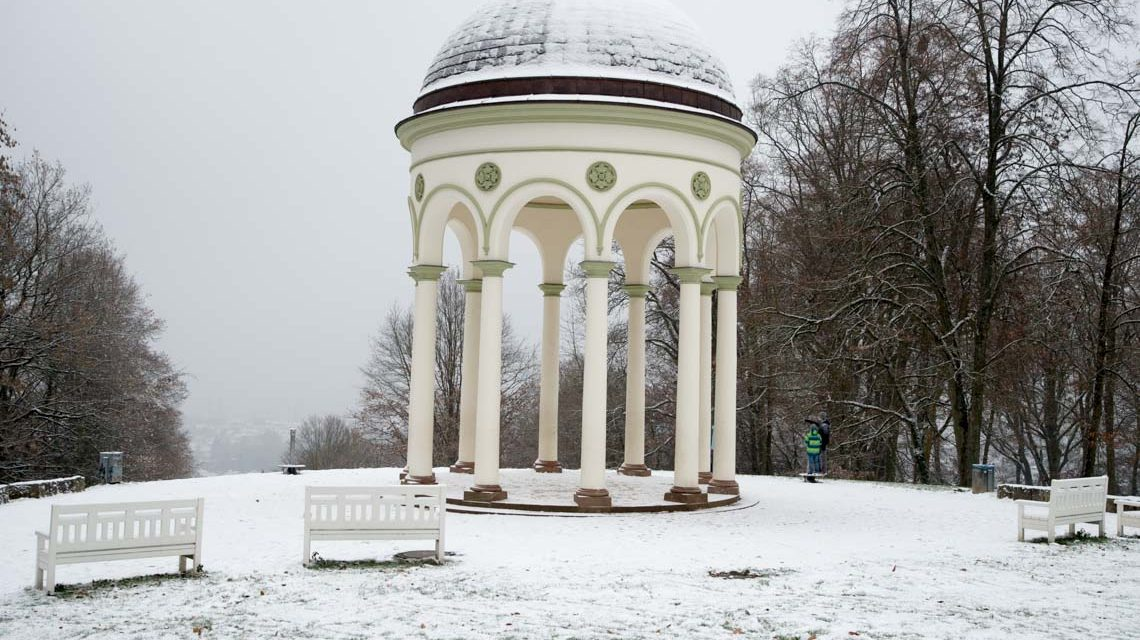 Wintereinbruch in Wiesbaden Foto: Volker Watschounek