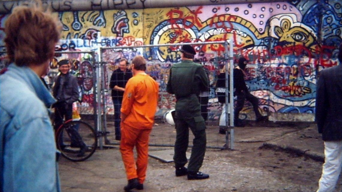 1988_von_der_Polizei_ueberwachte_Schleuse_zum_Kubat-Dreieck_am_Potsdamer_Platz_kurz_vor_der_Raeumung ©2019 Wikipededia