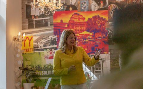 Christine Hingingen ist die Kandidatin der Grünen. in Wiesbaden. Sie bewirbt sich um den Posten des OBs. ©2019 Die Grünen Wiesbaden / Facebook