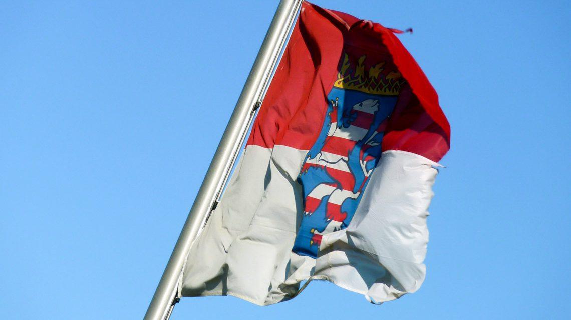 Hessische Fahne ©2019 2019 Lupo / pixelio.de