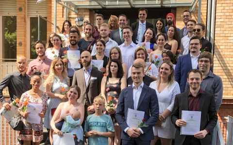 40 Absolventen des Hessenkollegs