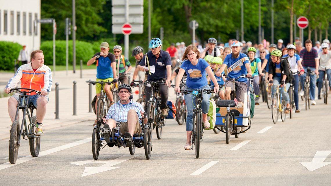 Stadtradeln: Auftakt mit etwa hundert Radlerinnen und Radlern ©2019 mStadt Wiesbaden