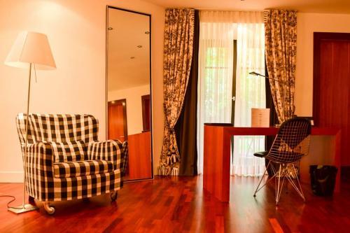 Die Zimmer sind Großzügig gestaltet und bieten Platz. Hier eine Suite, ideal für eine Familie mit Kindern.